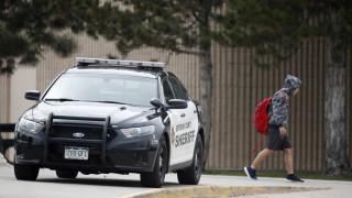 Σε συναγερμό 20 σχολεία στο Κολοράντο – Αναζητείται οπλισμένη γυναίκα