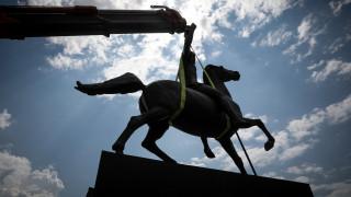 Το άγαλμα του Μεγάλου Αλεξάνδρου τοποθετείται στην Αθήνα