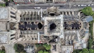 Παναγία των Παρισίων: Αποκαλυπτικές της καταστροφής οι εικόνες από drone