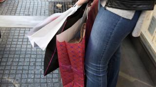 Πασχαλινό ωράριο 2019: Ποιες ώρες θα είναι ανοιχτά σήμερα τα μαγαζιά