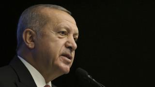 Ο Ερντογάν τα «βάζει» με τους Financial Times