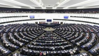 Νέα ευρωπαϊκή οδηγία προστατεύει τους εργαζόμενους με ευέλικτες μορφές απασχόλησης