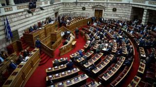 Βουλή: Την άρση της ασυλίας τους ζητούν Λοβέρδος και Σαλμάς για να αποδείξουν την αθωότητά τους
