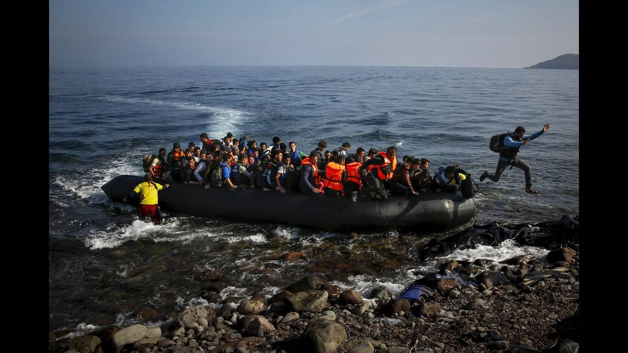 https://cdn.cnngreece.gr/media/news/2019/04/19/173643/photos/snapshot/2016-04-18T195236Z_495867318_GF10000387293_RTRMADP_3_EUROPE-MIGRANTS-GREECE.JPG