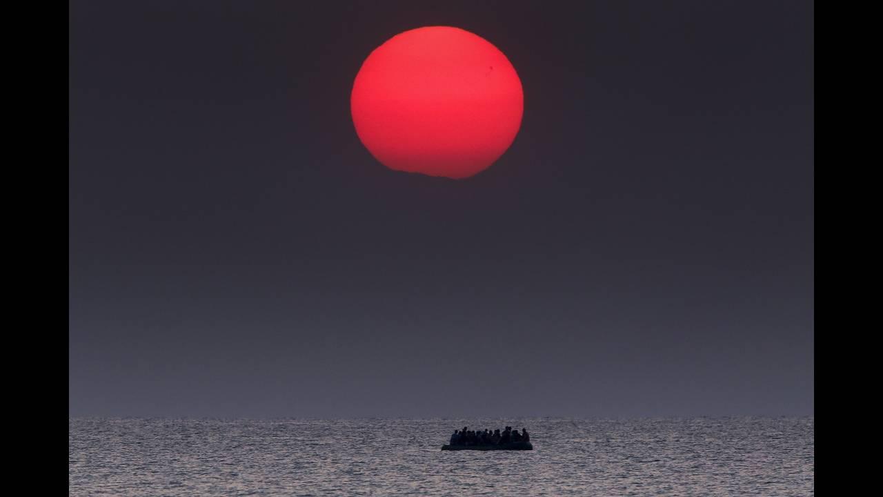 https://cdn.cnngreece.gr/media/news/2019/04/19/173643/photos/snapshot/2016-04-18T195248Z_1587261763_GF10000387290_RTRMADP_3_EUROPE-MIGRANTS-GREECE.JPG