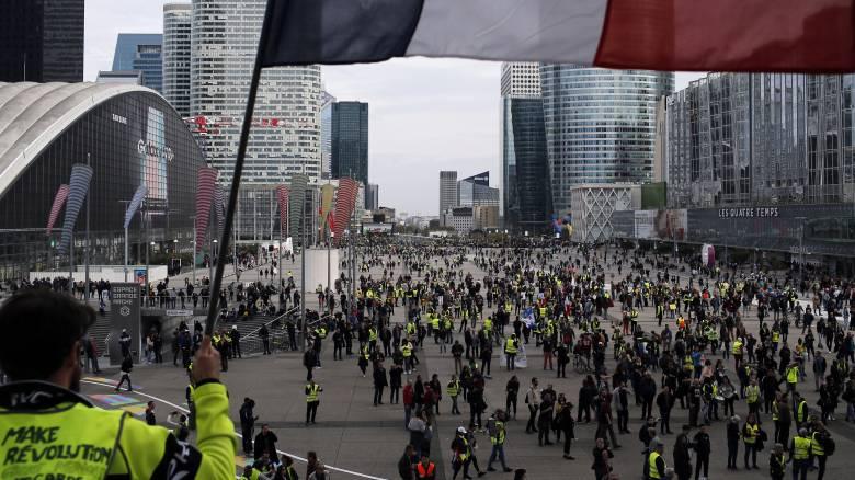 Γαλλία: Εξήντα χιλιάδες αστυνομικοί ενόψει των διαδηλώσεων των «κίτρινων γιλέκων»