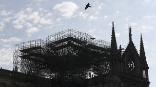 Έρευνα για απάτη με εκκλήσεις για δωρεές για την Παναγία των Παρισίων