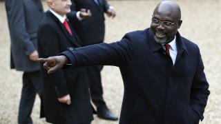 Ο πρόεδρος της Λιβερίας «εξορίστηκε» από το γραφείο του λόγω... φιδιών