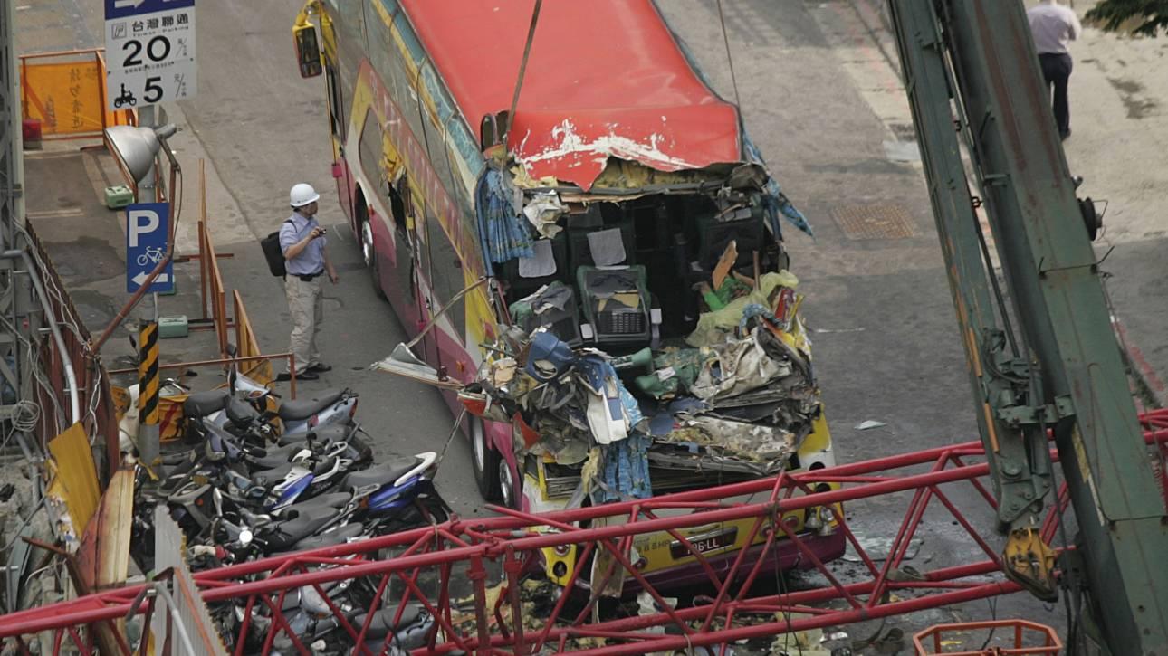 Νεκροί και τραυματίες από τροχαίο με λεωφορείο στο Καζακστάν