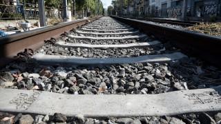 Κατολίσθηση στη σιδηροδρομική γραμμή Διακοπτό - Καλάβρυτα - Ακυρώνονται τα δρομολόγια