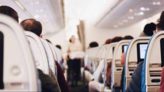 Ηράκλειο: Πέθανε μέσα στο αεροπλάνο μπροστά στο σύζυγό της