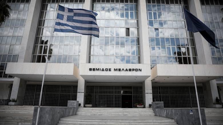 «Μαφία» φυλακών: Στον ανακριτή σήμερα Λυκουρέζος – Παναγόπουλος