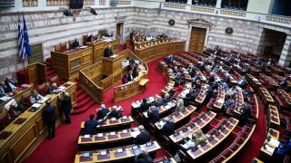 Νομοσχέδιο υπουργείου Παιδείας: Ένταση με το «καλημέρα» στην Ολομέλεια