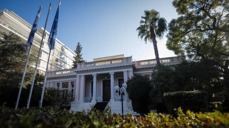 Κυβερνητικά «πυρά» κατά υποψήφιου ευρωβουλευτή της ΝΔ μετά τις δηλώσεις για το επίδομα ανεργίας