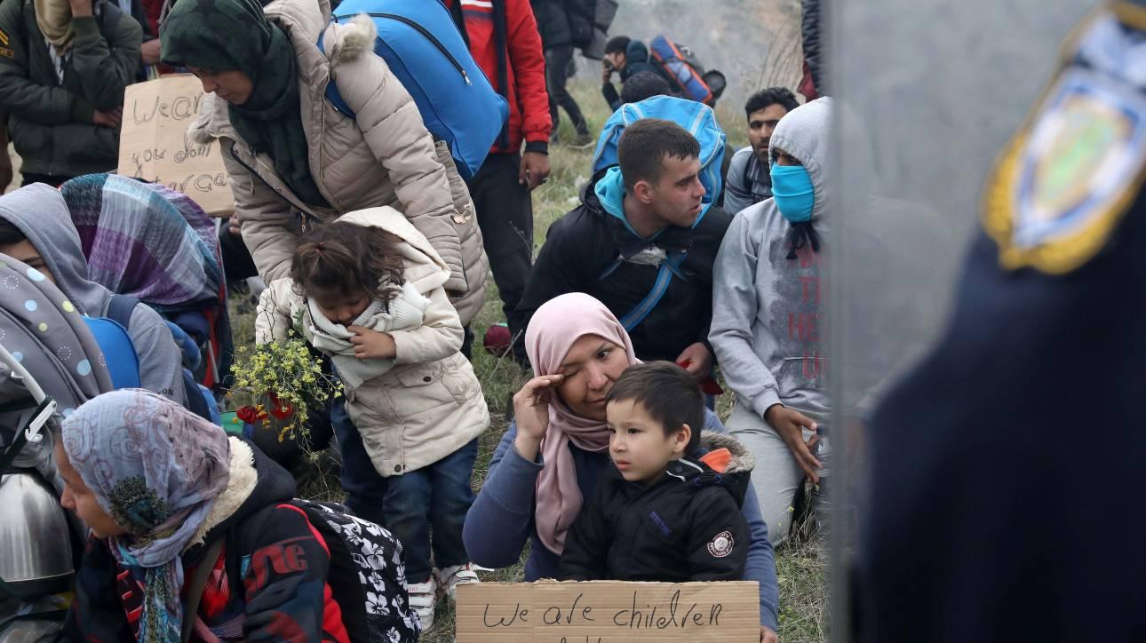 Ορεστιάδα: Πρόσφυγες χτύπησαν το κουδούνι σπιτιού αστυνομικών για να τους... συλλάβουν!