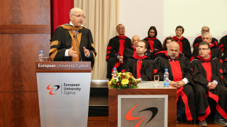 Ο Λοράν Φαμπιούς μέλος της οικογένειας του Ευρωπαϊκού Πανεπιστημίου Κύπρου