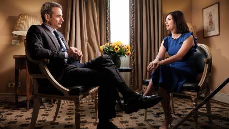 Μητσοτάκης στο Bloomberg: «Ανάσα» σε μεσαία τάξη και επενδύσεις με μείωση φόρων