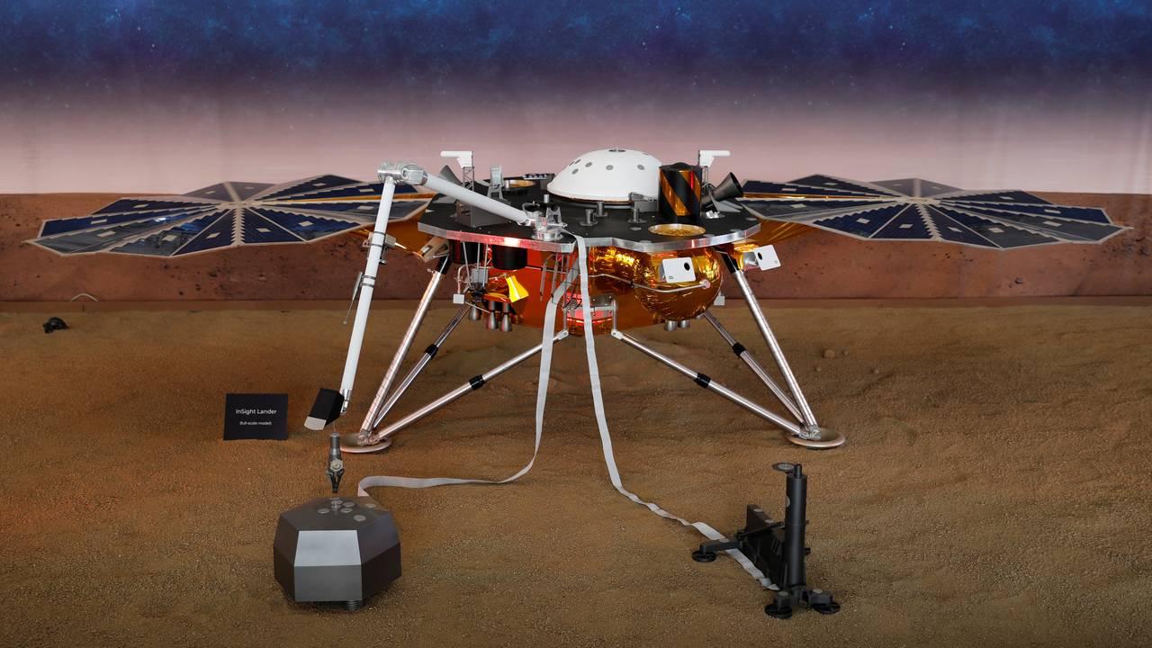 https://cdn.cnngreece.gr/media/news/2019/04/24/174186/photos/snapshot/2018-11-26T194313Z_822083039_RC18DD541080_RTRMADP_3_SPACE-MARS.JPG