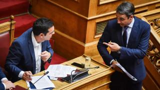 Η πρόταση μομφής, η ρελάνς και η επικείμενη «σύγκρουση» στη Βουλή