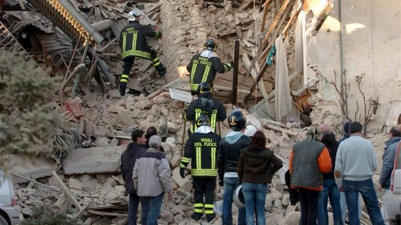 «Έμεινα 12 ώρες θαμμένη κάτω από συντρίμμια»: Η εξομολόγηση Ελληνίδας για το σεισμό της Λ' Άκουιλα