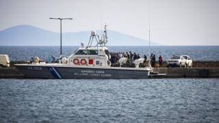 Τουρκικό πλοίο πλέει ακυβέρνητο κοντά στο Αγαθονήσι
