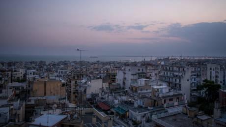 Ποιοι φοροοφειλέτες κινδυνεύουν με πλειστηριασμό α' κατοικίας από τις 30 Απριλίου