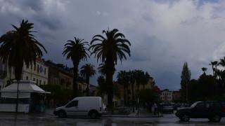 Ακόμα και λίγη βροχή αυξάνει σημαντικά τον κίνδυνο θανατηφόρου τροχαίου