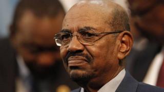 Σουδάν: Πακέτα χρημάτων βρέθηκαν στο σπίτι του έκπτωτου προέδρου
