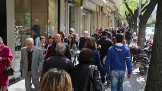 Πασχαλινό ωράριο: Ποιες ώρες θα είναι ανοιχτά σήμερα τα μαγαζιά