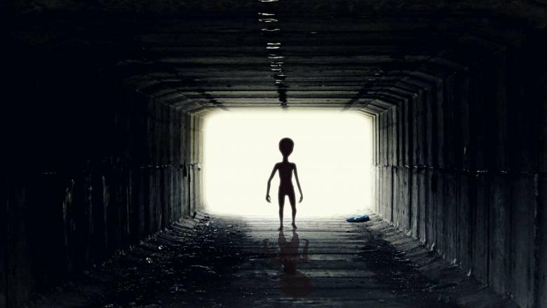 Απίστευτη θεωρία καθηγητή της Οξφόρδης: «Υβρίδια εξωγήινων-ανθρώπων θα σώσουν τη Γη»