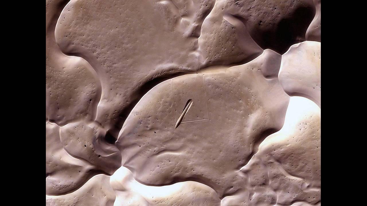 https://cdn.cnngreece.gr/media/news/2019/04/27/174588/photos/snapshot/alienlandscapes14.jpg