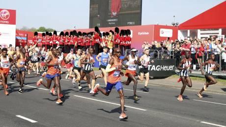 Πρωτοτυπία στον Μαραθώνιο του Λονδίνου: Ο απίστευτος τρόπος που θα πιουν νερό οι αθλητές