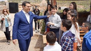Τσίπρας: Είναι η ώρα η ανάσταση της οικονομίας να γίνει και στην καθημερινότητα των πολιτών