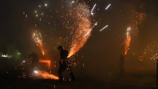 Καλαμάτα: Νεκρός ο εικονολήπτης που χτυπήθηκε στον σαΐτοπόλεμο