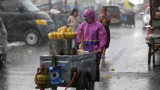 Σαρωτικές πλημμύρες στην Ινδονησία: Σκοτώθηκαν 17 άνθρωποι