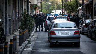 Εξάρχεια: Καταγγελία για άγριο ξυλοδαρμό άνδρα που φορούσε μπλούζα με έμβλημα της Μακεδονίας