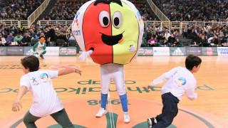 Κερkida ΟΠΑΠ: Τα παιδιά κατέβηκαν στο παρκέ και έπαιξαν μπάσκετ στο κατάμεστο ΟΑΚΑ – Δείτε το βίντεο