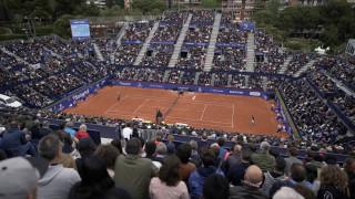 Απίστευτο περιστατικό στη Γαλλία: Αγώνας τέννις διεκόπη λόγω... μαριχουάνας