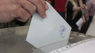 Νέα δημοσκόπηση: Κλείνει η «ψαλίδα» μεταξύ Νέας Δημοκρατίας και ΣΥΡΙΖΑ