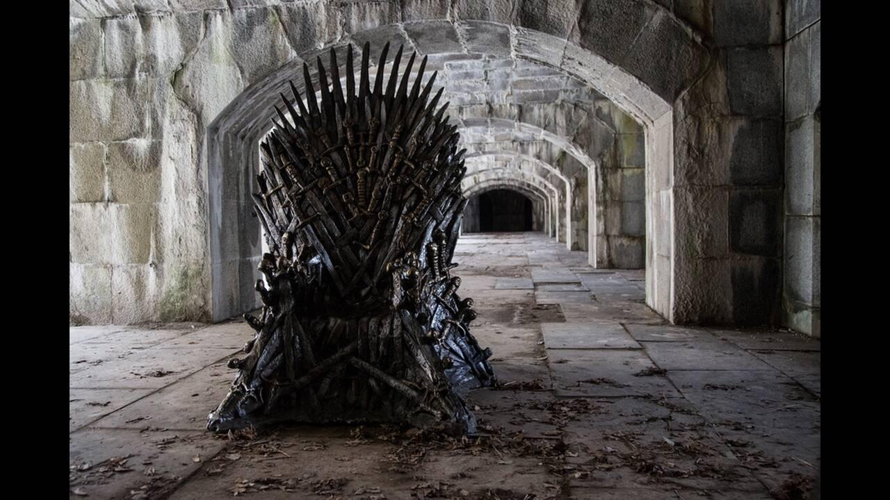 Συμπίεση: Σε όποια πλατφόρμα και αν παρακολουθήσατε το Game of Thrones, το σήμα που έφτασε στους δέκτες σας ήταν τρομερά συμπιεσμένο. Η συμπίεση βίντεο είναι μια τακτική που χρησιμοποιείται εδώ και χρόνια -τόσο από παρόχους δορυφορικών καναλιών όσο και απ