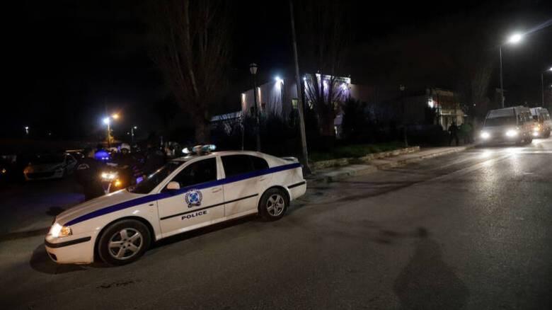 Κρήτη: Άγνωστοι άνοιξαν πυρ κατά αστυνομικών έξω από γήπεδο