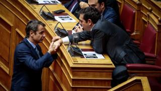 Επίσημη πρόσκληση Τσίπρα σε Μητσοτάκη για debate – Tι αναφέρει η επιστολή της Κουμουνδούρου