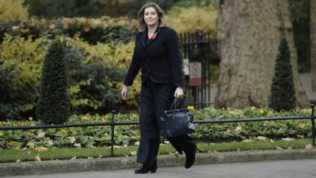 Πένυ Μόρντοντ: Από πρώην βοηθός μάγου... υπουργός Άμυνας της Βρετανίας