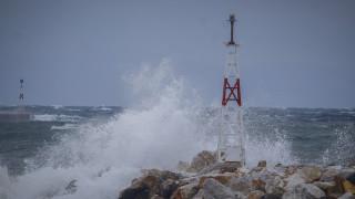 Καιρός: Αφρικανική σκόνη, καταιγίδες και θυελλώδεις άνεμοι το Σαββατοκύριακο