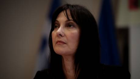 Παραιτείται η υπουργός Τουρισμού Έλενα Κουντουρά