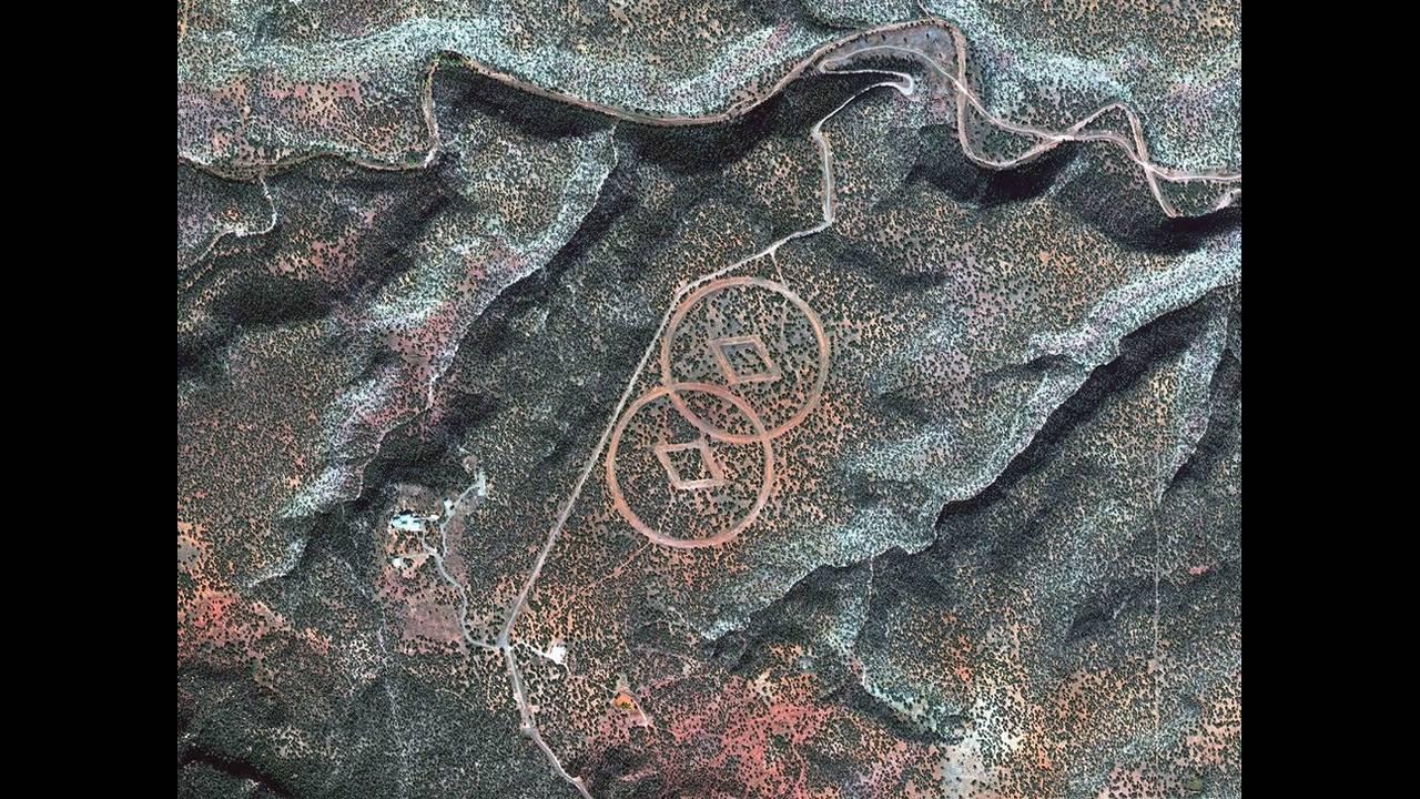 https://cdn.cnngreece.gr/media/news/2019/05/03/175174/photos/snapshot/alienlandscapes.jpg