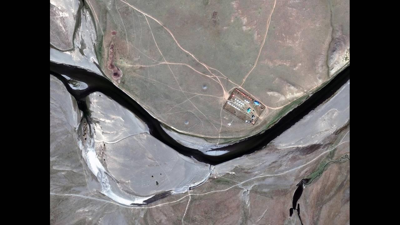https://cdn.cnngreece.gr/media/news/2019/05/03/175174/photos/snapshot/alienlandscapes11.jpg