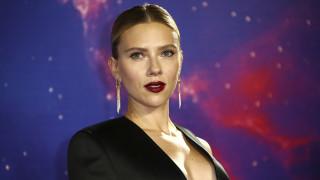 Το ξενοδοχείο των... οργίων: Με ποιον διάσημο ηθοποιό έκανε σεξ η Σκάρλετ Γιόχανσον στο ασανσέρ