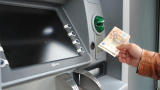 Έρχονται αλλαγές στα capital controls: Τι θα ισχύσει με τις αναλήψεις