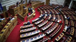 Τη Δευτέρα στη Βουλή το νομοσχέδιο για τις 120 δόσεις
